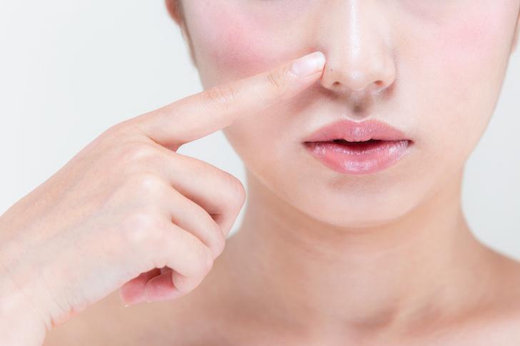鼻の中にニキビ薬